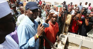 Fashola Inspects Ongoing Construction of units Under FG's National Housing Programme in Gombe State